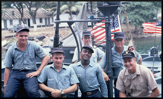 6C The crew of PCF -76 spring  1967.